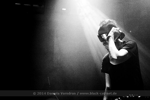 Black Asteroid supporting Zola Jesus, Cologne 2014 - Photo by Daniela Vorndran